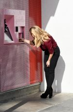 REESE WITHERSPOON on the Set of Advertisement at Sprinkles Ice Cream in Beverly Hills 11/15/2017