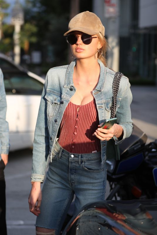 ROMEE STRIJD Out for Lunch at Zinque Cafe in West Hollywood 11/01/2017