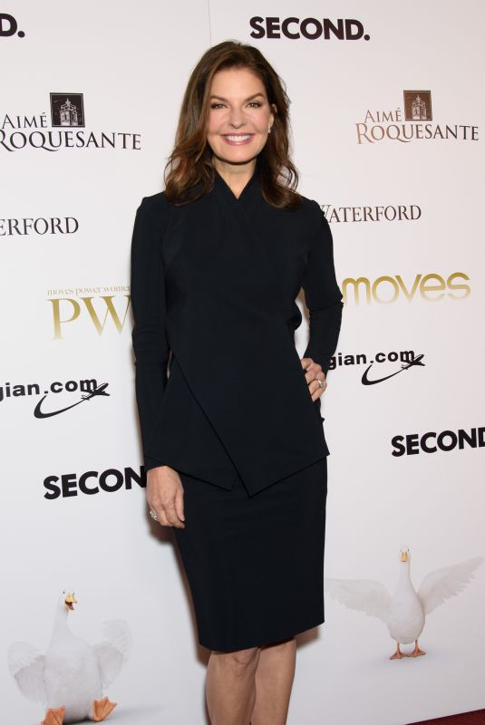 SELA WARD at Moves Magazine Power Women Gala 2017 in New York 11/10/2017