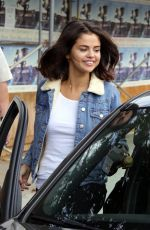 SELENA GOMEZ at Alfred Coffee in Studio City 11/02/2017