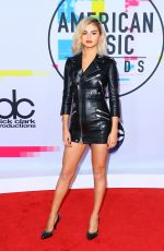 SELENA GOMEZ at American Music Awards 2017 at Microsoft Theater in Los Angeles 11/19/2017