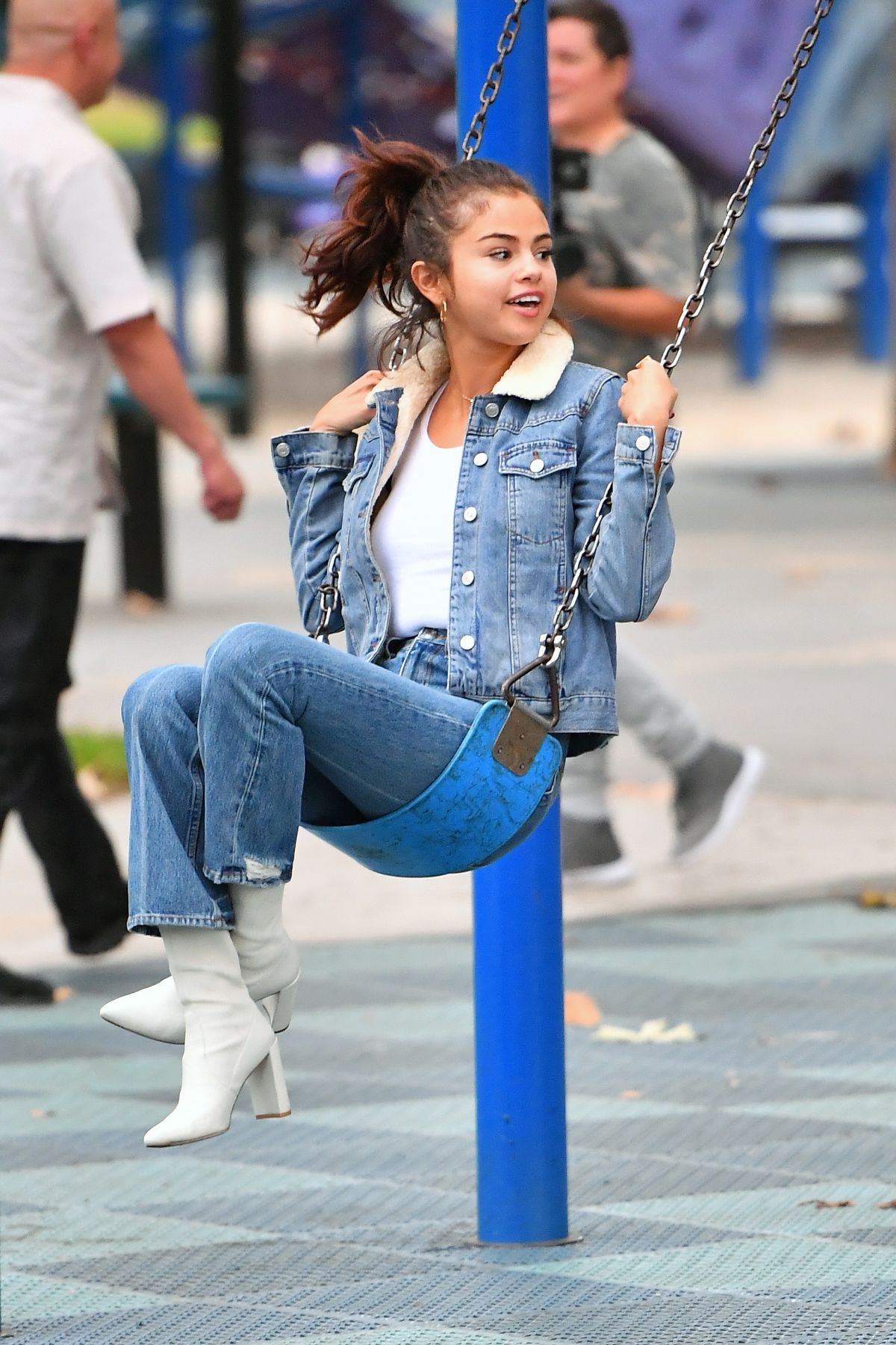selena gomez in jeans at a park in burbank 11022017
