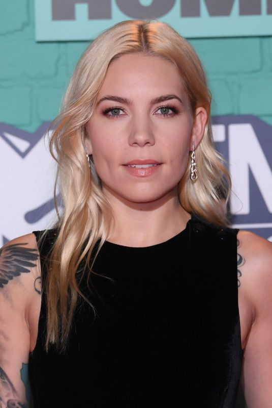 SKYLAR GREY at 2017 MTV Europe Music Awards in London 11/12/2017