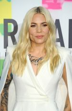 SKYLAR GREY Performs at American Music Awards 2017 in Los Angeles 11/19/2017
