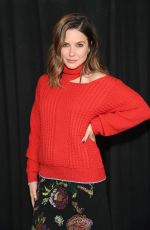 SOPHIA BUSH Joined PayPal in Support of #givingtuesday Movement in New York 11/28/2017