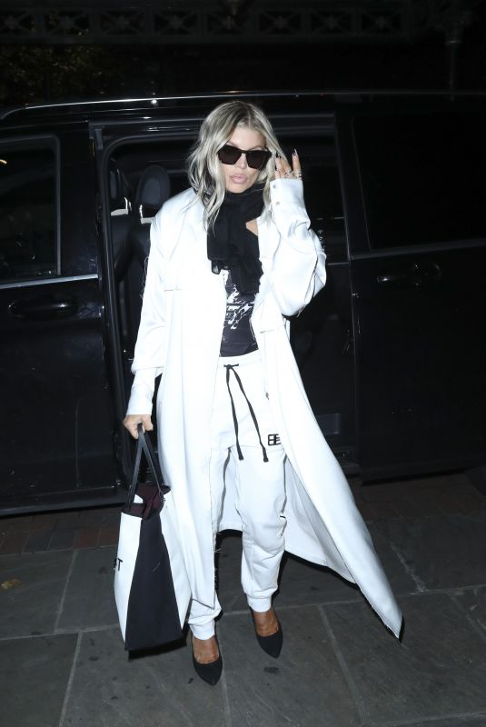 STACY FERGIE FERGUSON Arrives at Her Hotel in London 11/19/2017