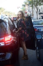 STACY KIEBLER Leaves Cafe Gratitude in Beverly Hills 11/114/2017
