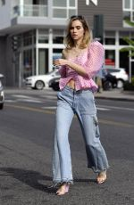SUKI WATERHOUSE Out and About n West Hollywood 11/17/2017