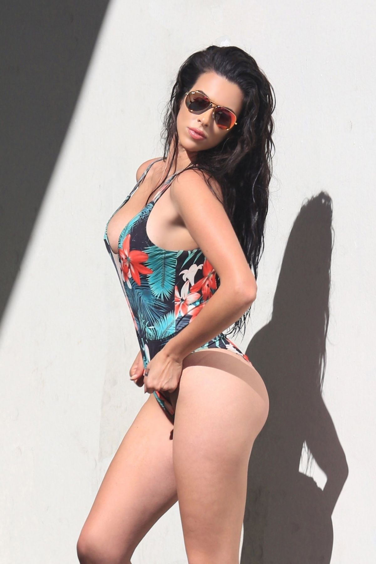 Paparazzi Mercedes Javid naked (77 photo), Topless, Cleavage, Boobs, cameltoe 2018