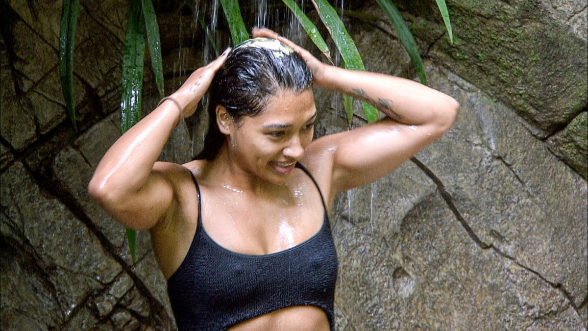 VANESSA WHITE on the Set of Ii'm a Celebrity… Get Me Out ...
