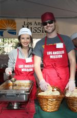ALICE GRECZYN at LA Mission Serves Christmas to the Homeless in Los Angeles 12/22/2017