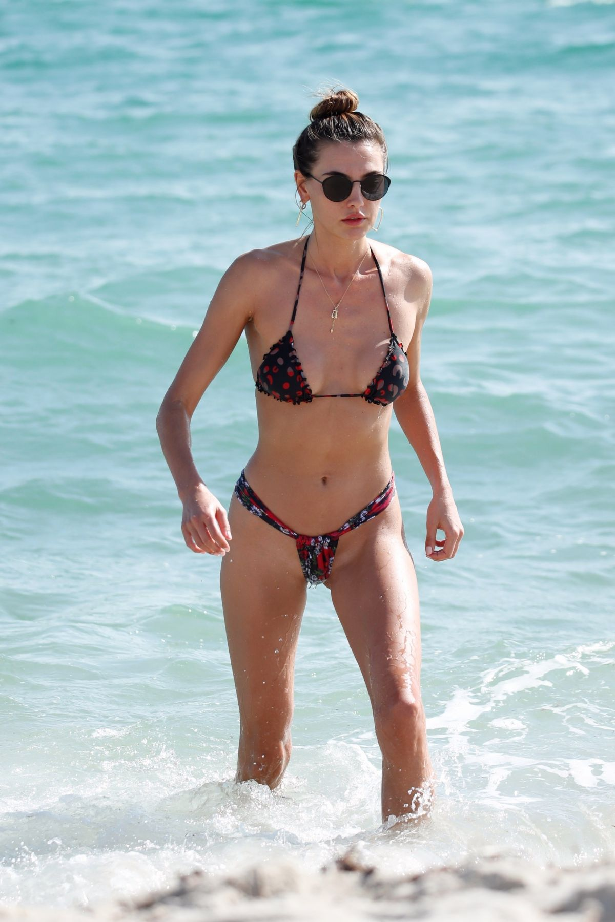 Alina Baikova in Bikini on the beach in Miami Pic 3 of 35