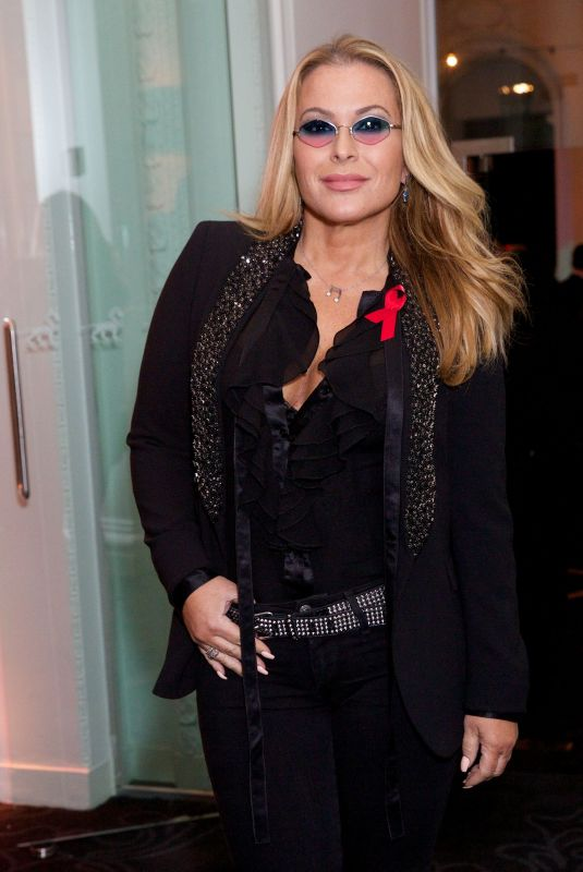 ANASTACIA at World Aids Day Gala to Promote Grassroot Soccer in London 12/01/2017