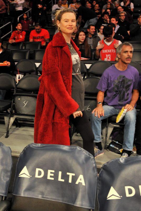 BEHATI PRINSLOO at Houston Rockets vs LA Lakers Game in Los Angeles 12/03/2017