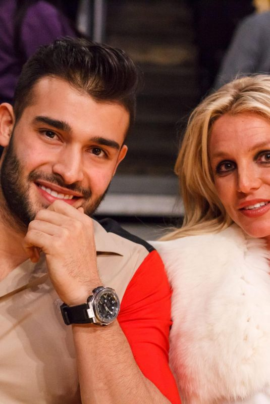 BRITNEY SPEARS and Sam Asghari at Lakers vs Golden State Warriors Game in Los Angeles 11/29/2017