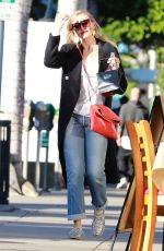 CAMERON DIAZ Shoping for Christmas Jewelry in Beverly Hills 12/21/2017