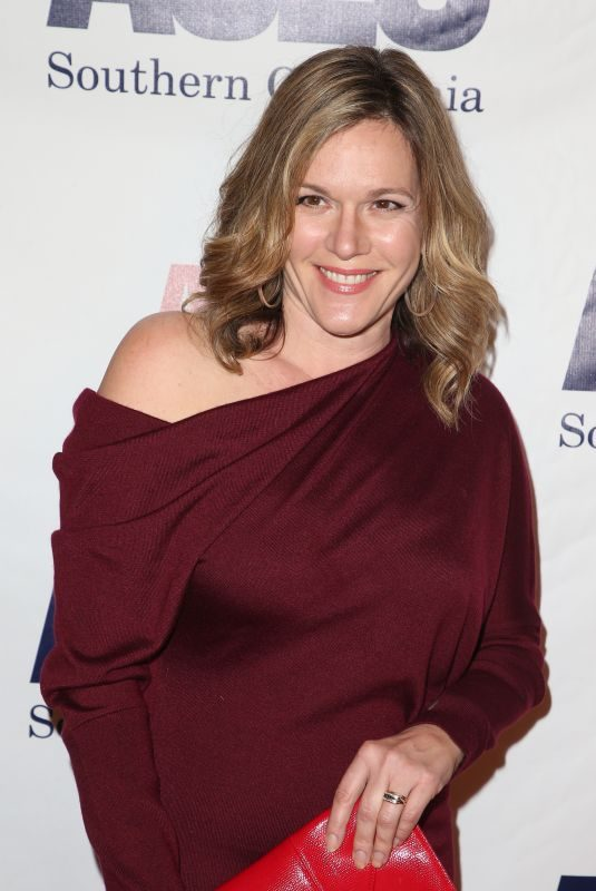CATHERINE DENT at Aclu Socal's Annual Bill of Rights Dinner in Los Angeles 12/03/2017