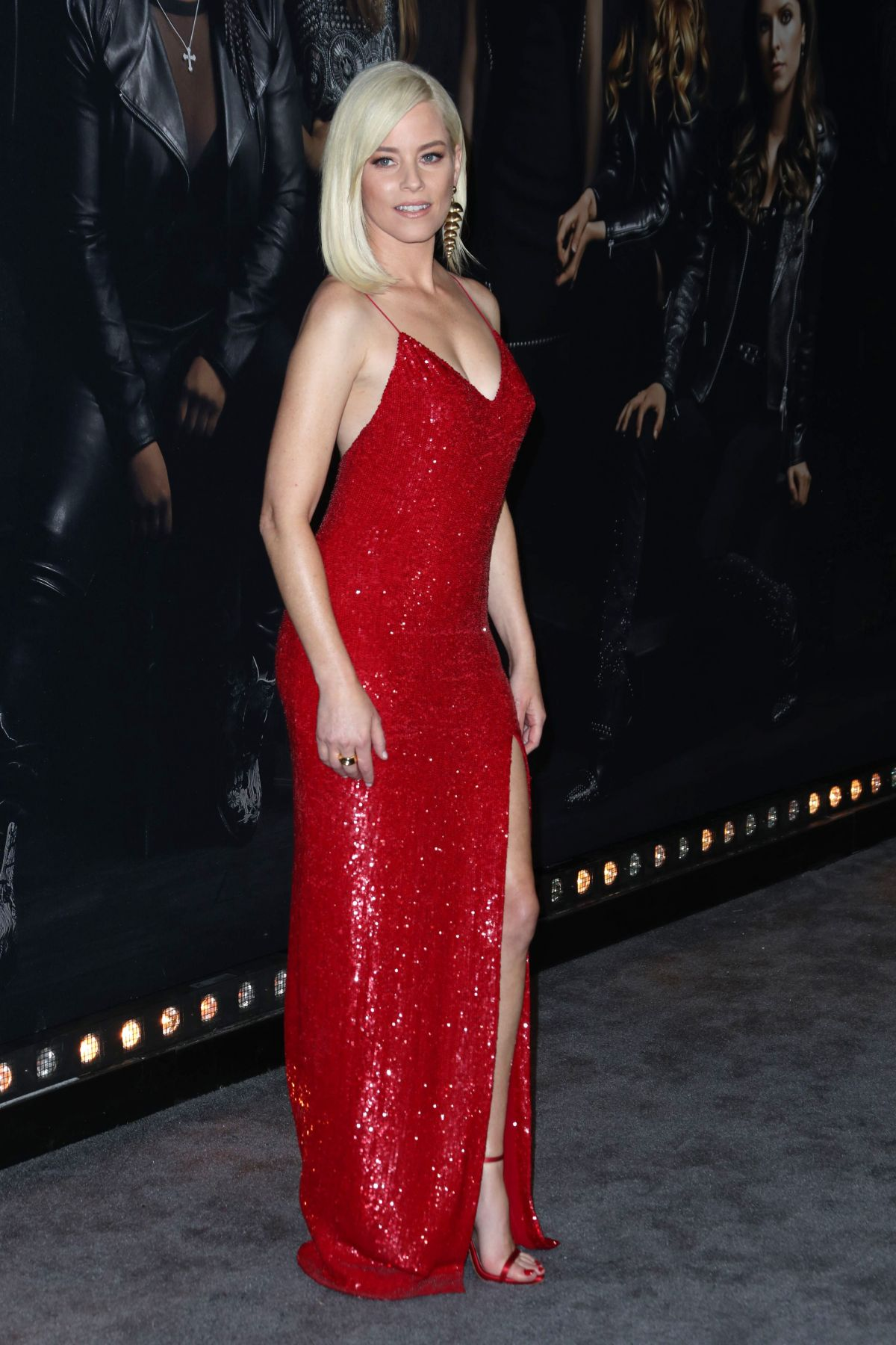 Elizabeth Banks At Pitch Perfect 3 Premiere In Los Angeles