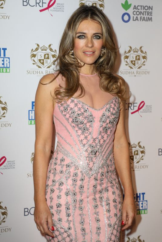 ELIZABETH HURLEY at Shangri-la Hotel in Paris 12/11/207