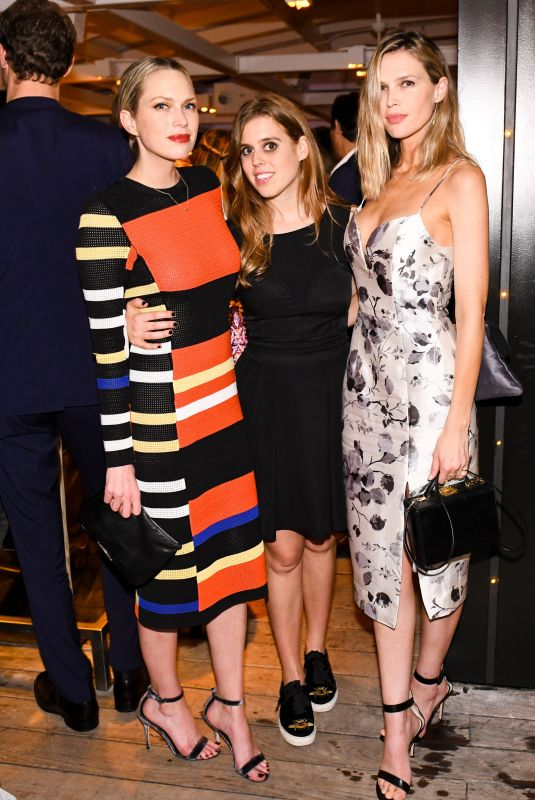 ERIN and SARA FOSTER at Hauser and Wirth Honors Mark Bradford in Miami 12/06/2017