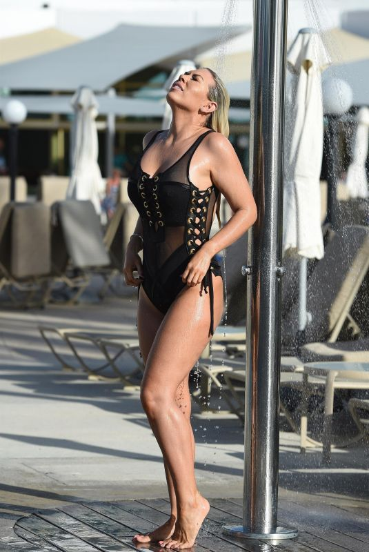 FRANKIE ESSEX in Swimsuit on Vacation in Cape Verde 12/20/2017