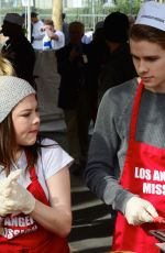 HANNAH ZEILE at LA Mission Serves Christmas to the Homeless in Los Angeles 12/22/2017