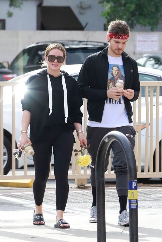 HILARY DUFF and Matthew Koma Out in Studio City 12/10/2017