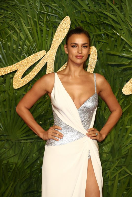 IRINA SHAYK at Fashion Awards 2017 in London 12/04/2017