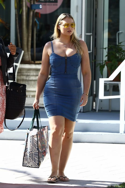 ISKRA LAWRENCEOut and About in Miami Beach 12/11/2017