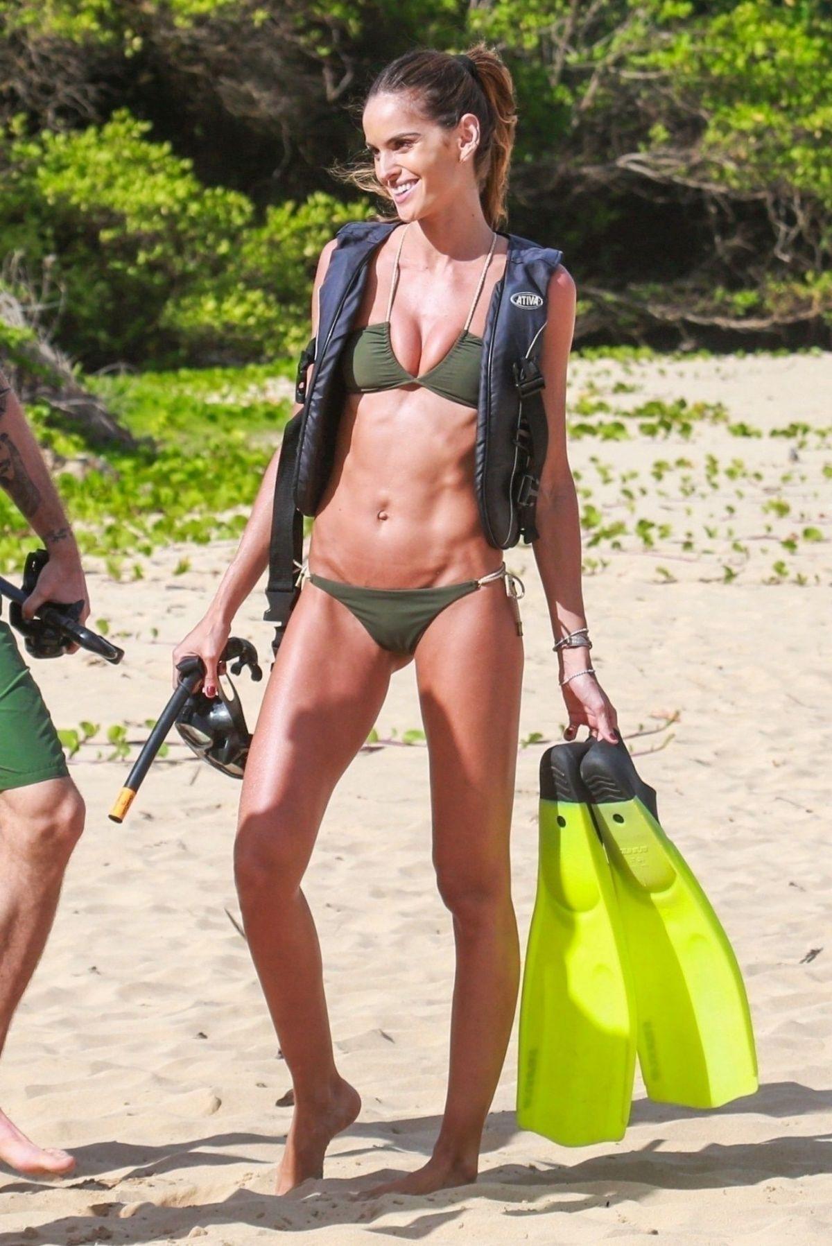 Izabel goulart bikini photos new pictures
