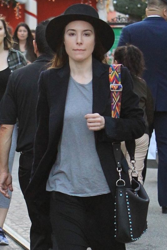 JAIME MURRAY Shopping at The Grove in West Hollywood 12/15/2017