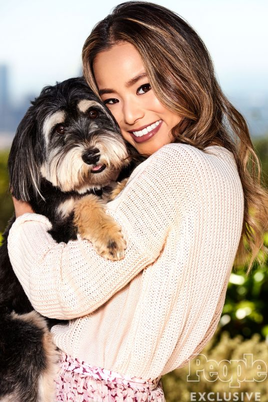 JAMIE CHUNG for People Pets, April 2017