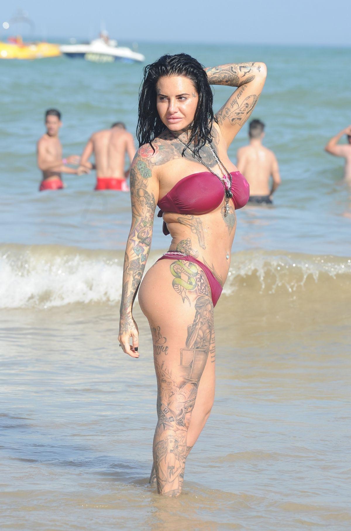 Jemma Lucy in Bikini on the beach in Gran Canaria Pic 22 of 35