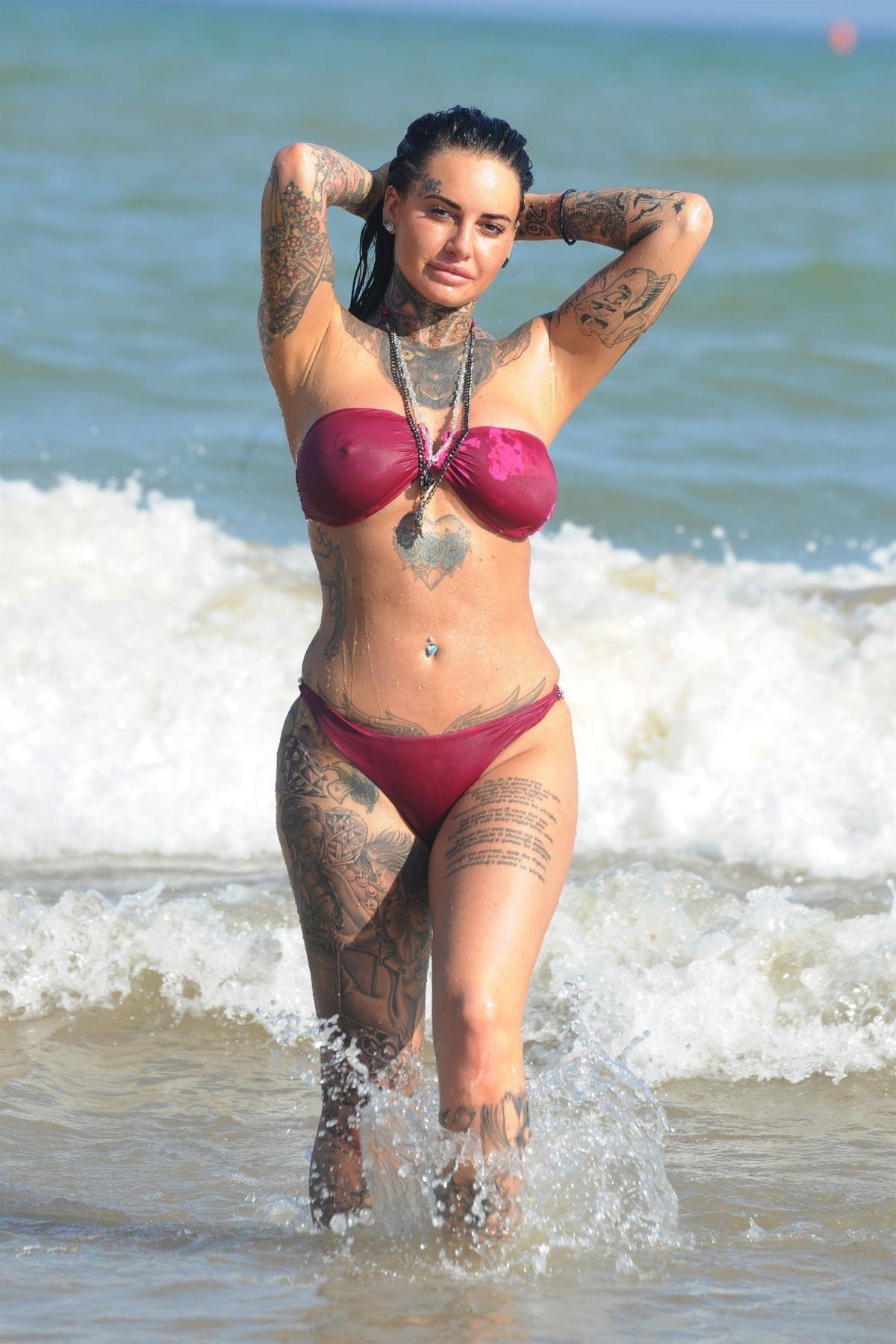 Jemma Lucy in Bikini on the beach in Gran Canaria Pic 1 of 35
