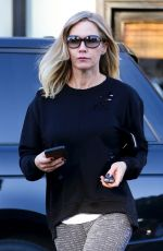 JENNIE GARTH Out for Lunch in Studio City 12/21/2017