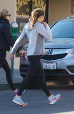 JENNIFER GARNER Heading to a Gym in Brentwood 12/18/2017