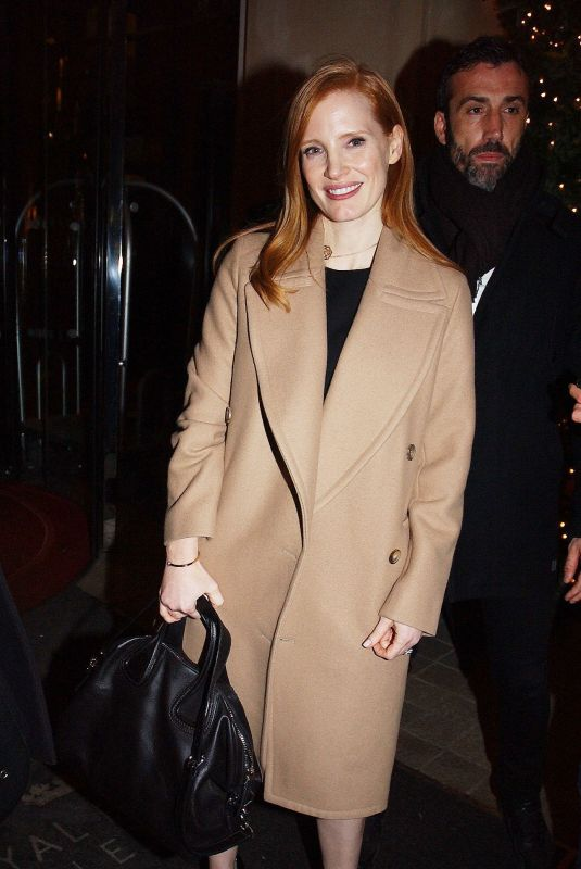 JESSICA CHASTAIN Leaves Royal Monceau Hotel in Paris 12/11/2017