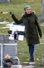 JULIA ROBERTS on the Set of Ben is Back in New York 12/19/2017