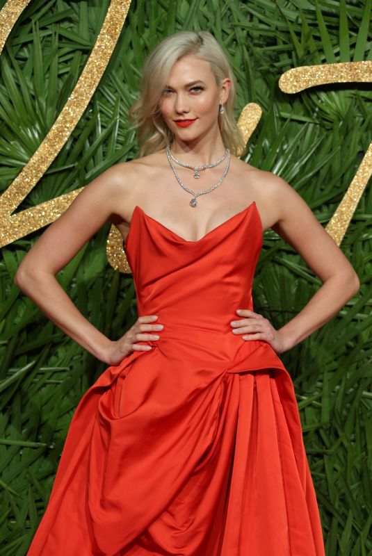 KARLIE KLOSS at Fashion Awards 2017 in London 12/04/2017