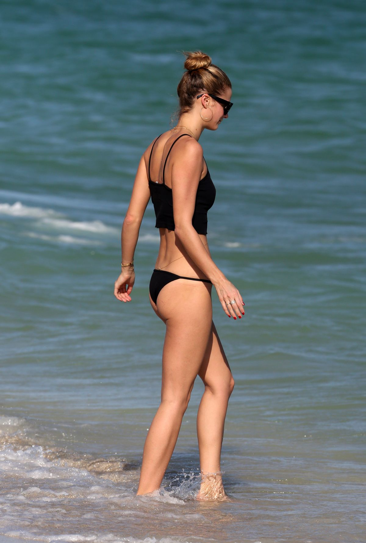 Kate Bock Bikini candids at the beach in Miami Beach Pic 12 of 35