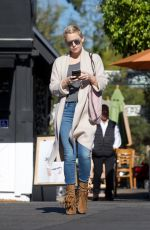 KATE HUDSON Out Shopping in Los Angeles 12/21/2017