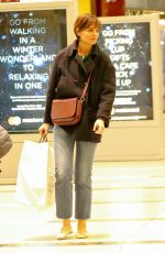 KATIE HOLMES at Williams-Sonoma in New York 12/04/2017