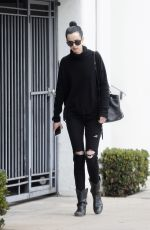 KRYSTEN RITTER Leaves a Medical Building in Beverly Hills 12/23/2017