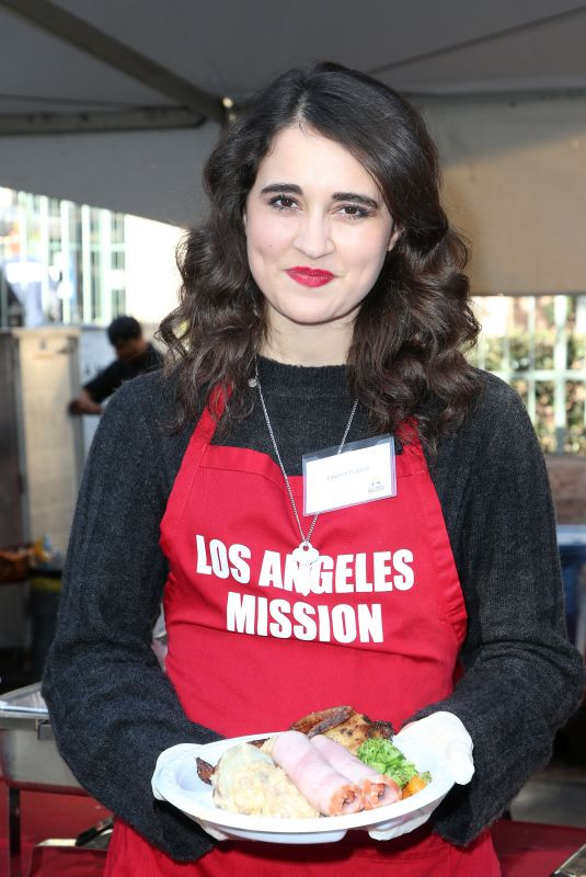LAUREN FRANCO at LA Mission Serves Christmas to the Homeless in Los Angeles 12/22/2017