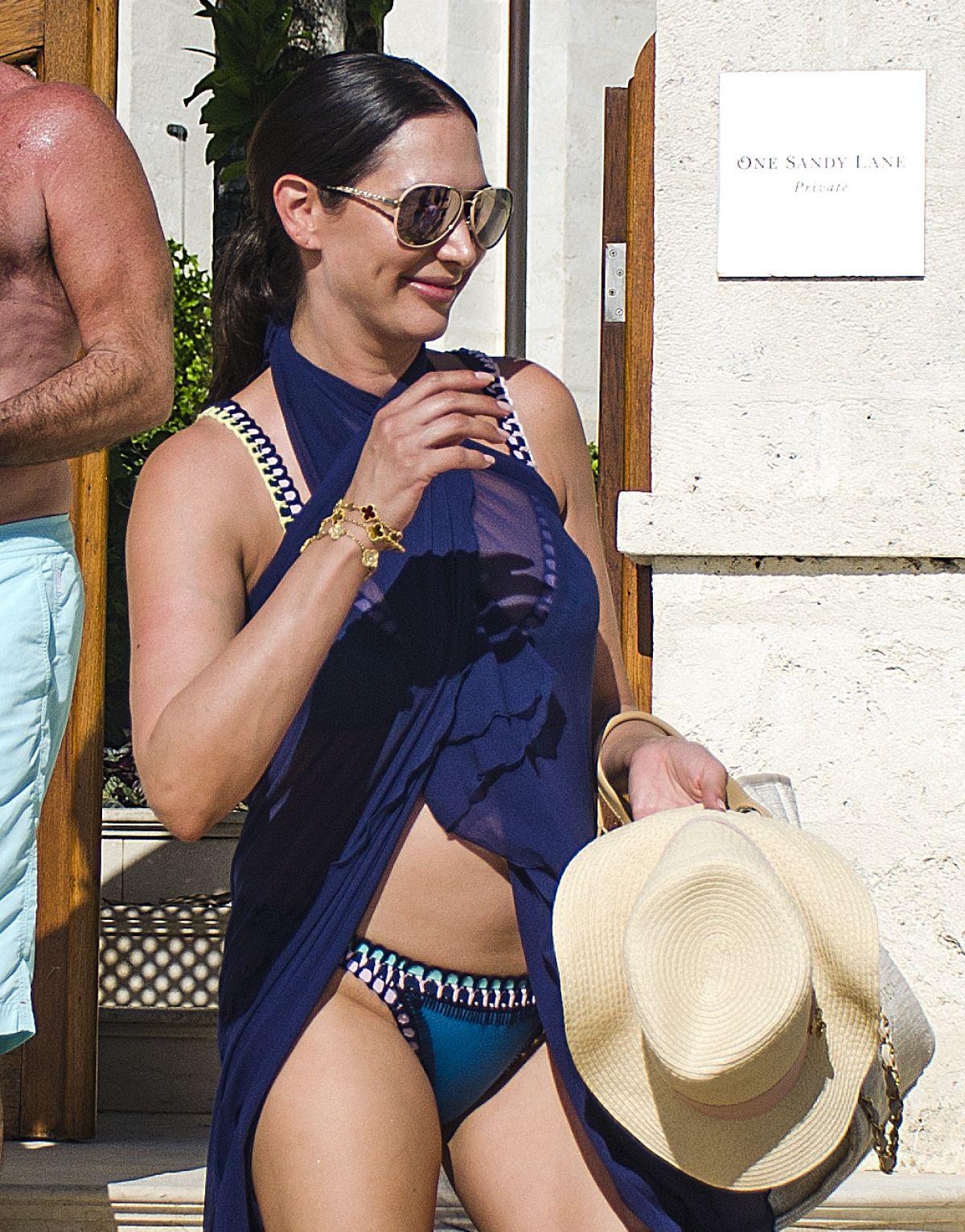 Sofia Jamora in Bikini on the beach in Maui Pic 5 of 35