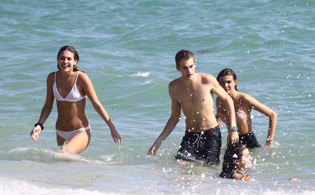 Lily Moulton in White Bikini on the beach in Miami Pic 18 of 35