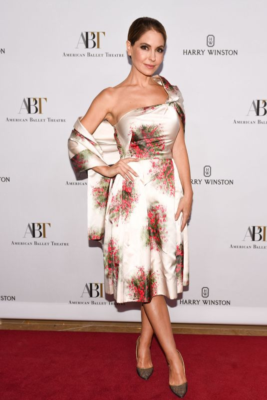 LISA LOCICERO at American Ballet Theatre Holiday Benefit Gala in Los Angeles 12/11/2017