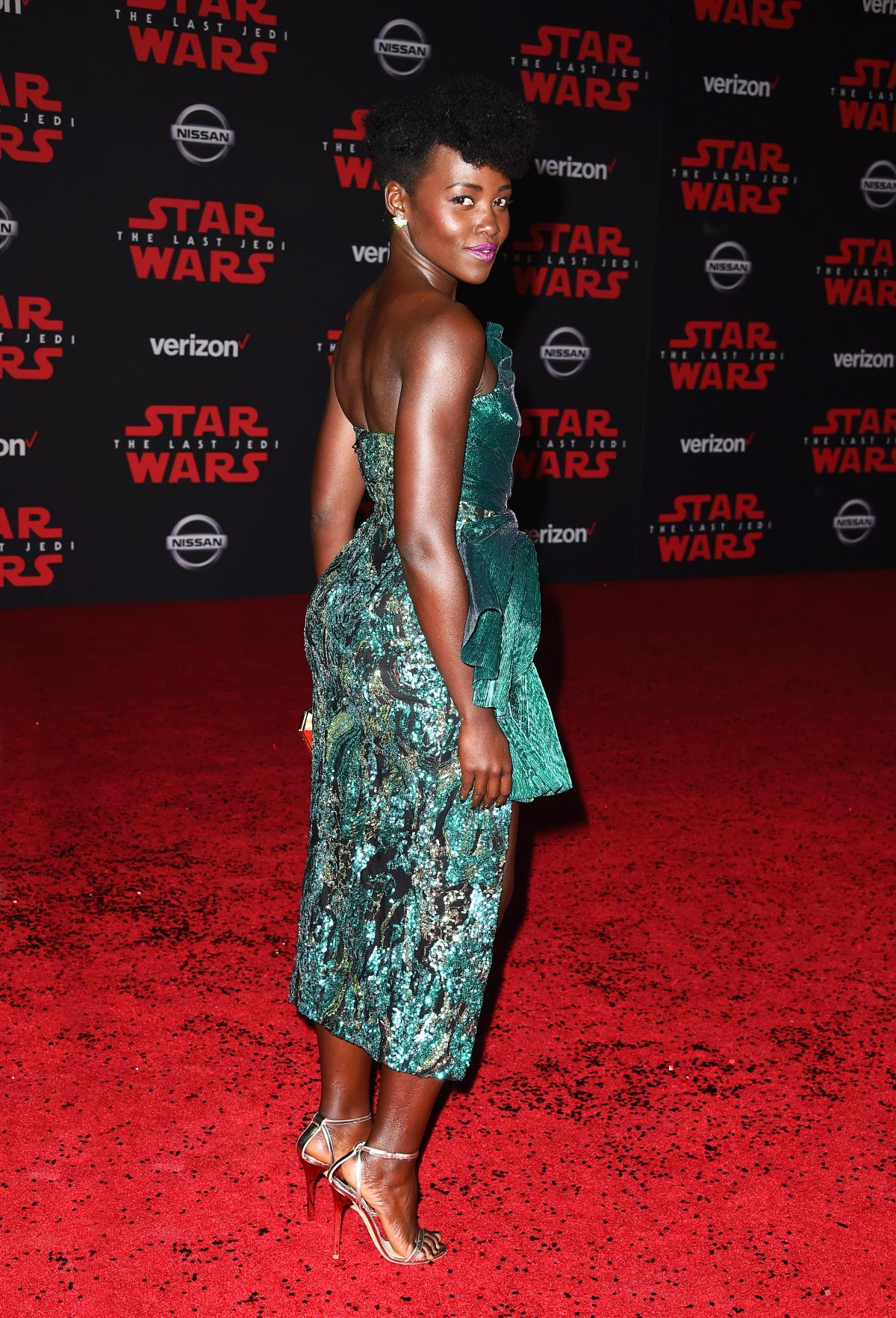 Lupita Nyong O At Star Wars The Last Jedi Premiere In Los