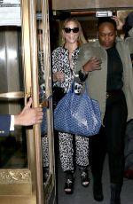 MARIAH CAREY Leaves Her Apartment in New York 12/02/2017