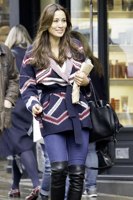 MELANIE SYKES Shopping at Hampstead High Street in London 12/22/207